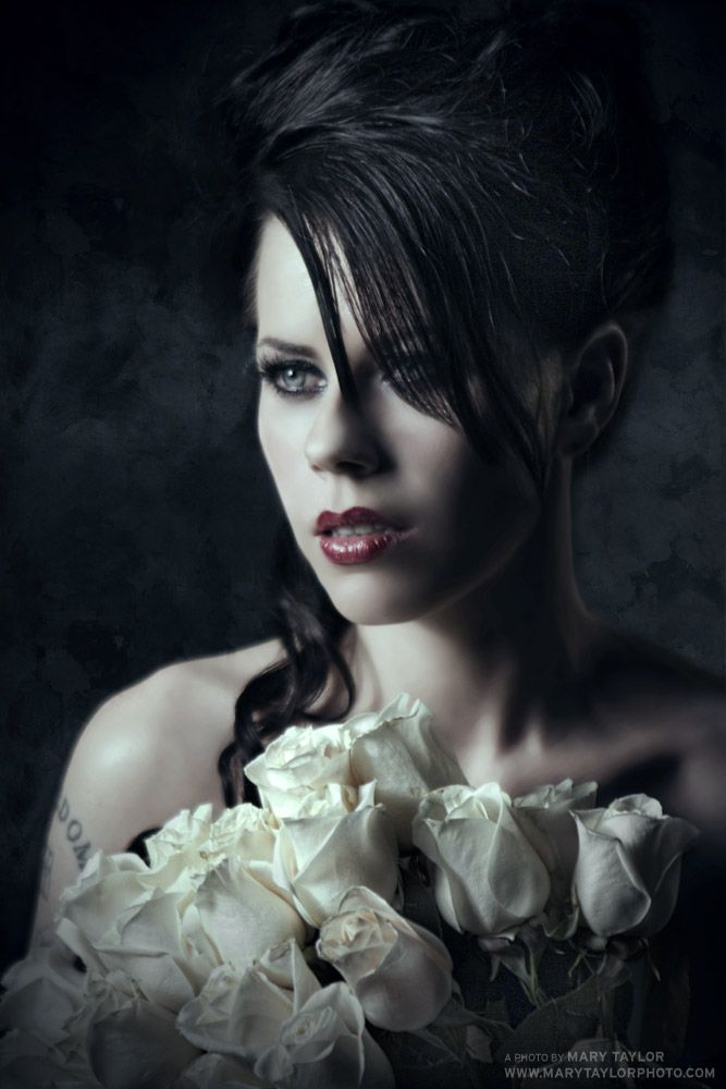 Fairuza Balk I just love her she is amazing in all her roles and her eyes are striking