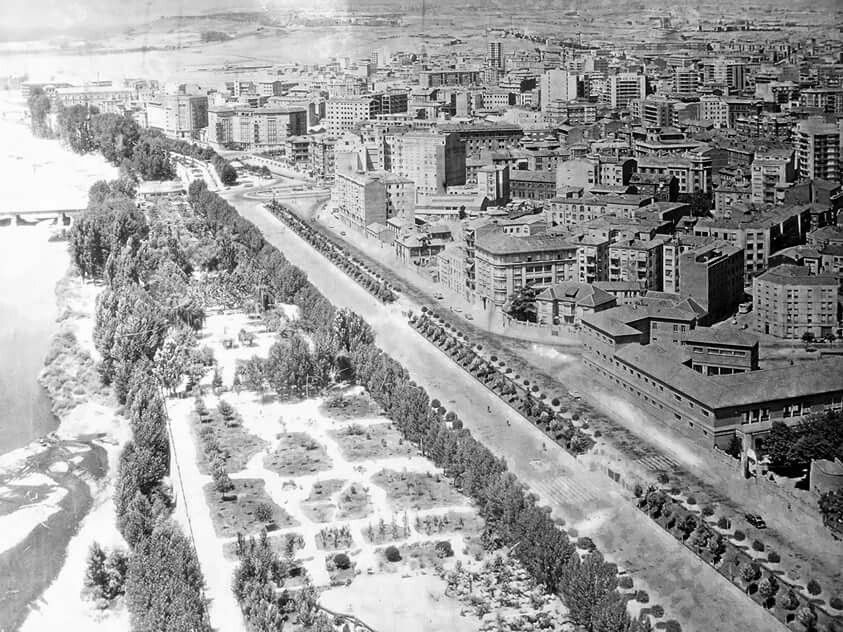 León, fotos antiguas, avda de la facultad y paseo de papalaguinda.