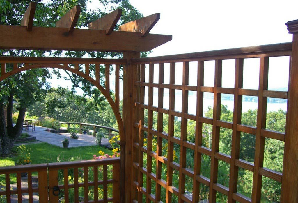 17 Best 1000 images about cheap inexpensive fence ideas on Pinterest