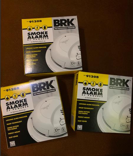 Smoke Alarm Smoke Alarm Ideas Smokealarm Firealarm First Alert Brk Smoke Alarm Ac With Battery Back Up 9120b 3 Pack First Smoke Alarms Alarm Fire Alarm