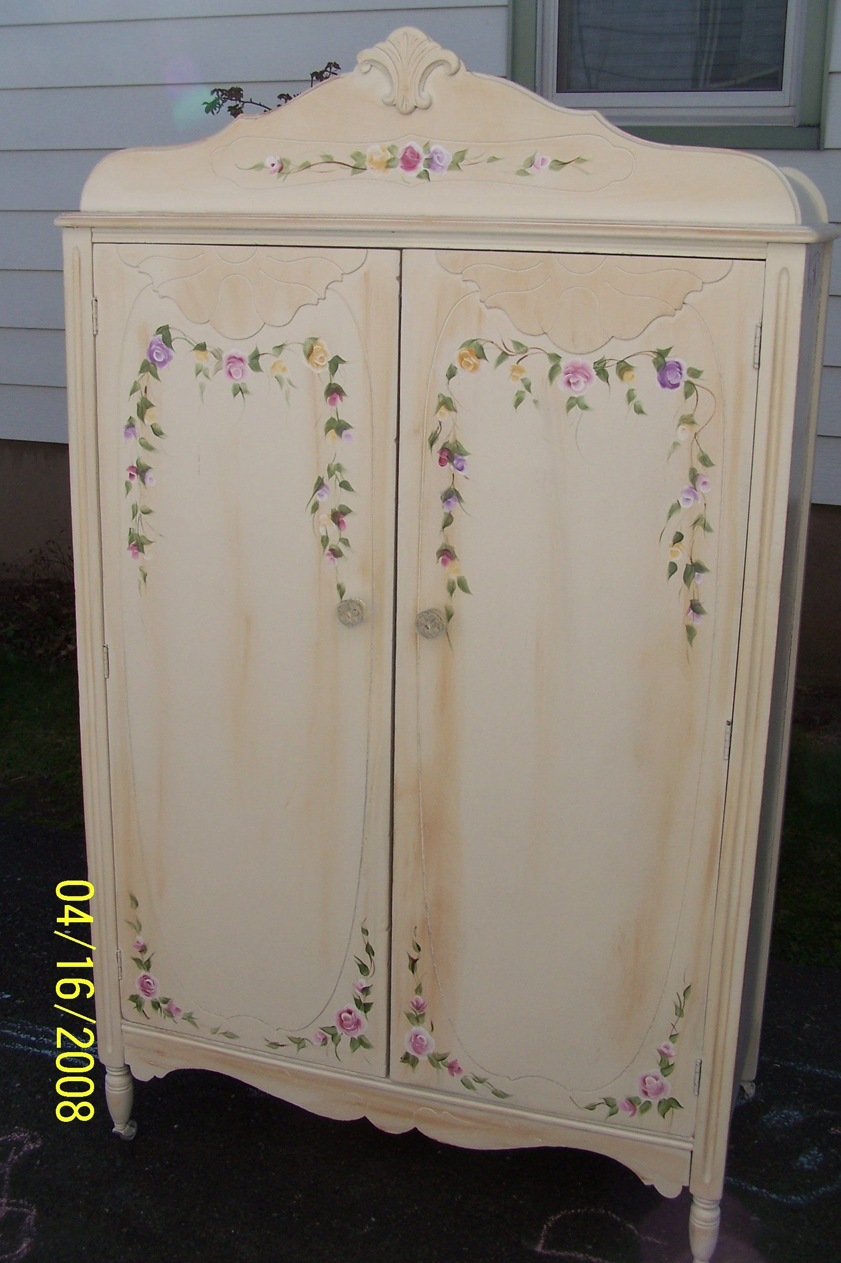 Vintage Painted Shabby Chic Armoire Wardrobe Chifferobe Bedroom Furniture # Shabbychic #vintagefurniture #paintedfurniture #