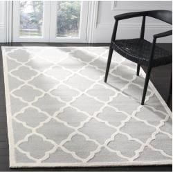 Photo of Hand-tufted carpet Roan in light gray / ivory