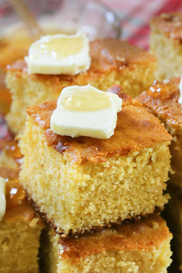 This Buttermilk Cornbread Is Sweet And Bakes Up Moist And Cake Like If You Like A Dense Sweet Cor Sweet Cornbread Buttermilk Cornbread Cornbread Recipe Sweet