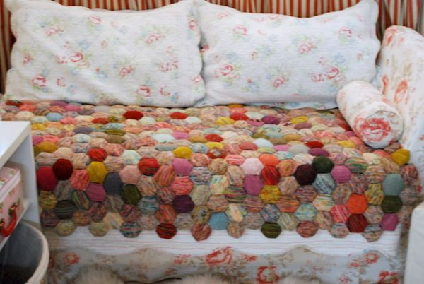 *the beekeeper's quilt*   tiny owl knits