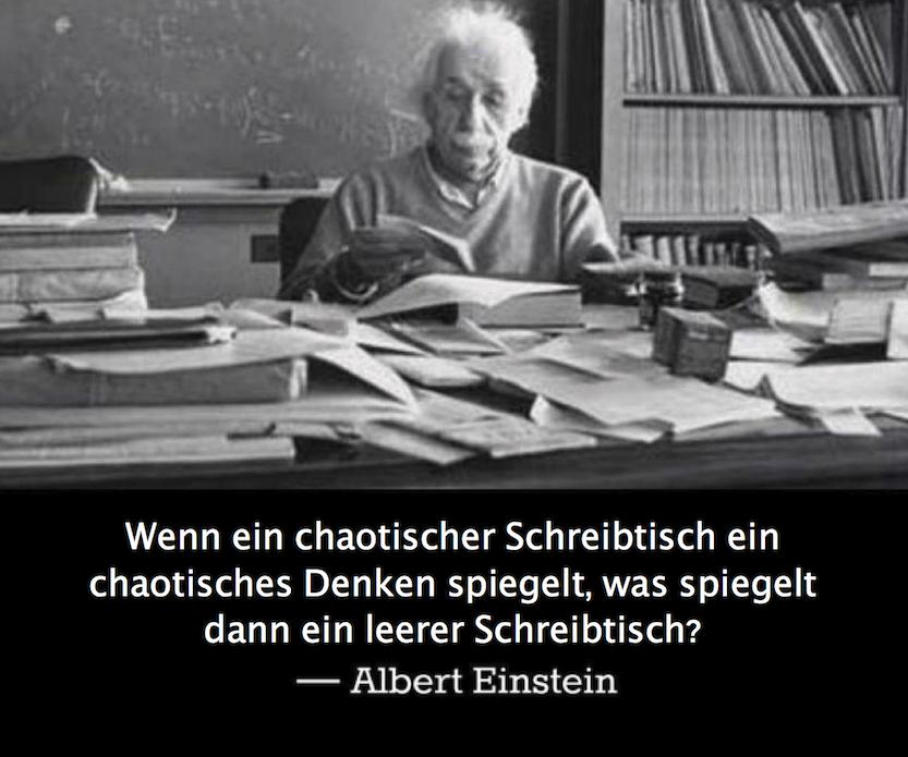 Chaotischer schreibtisch  Wenn ein chaotischer Schreibtisch ein chaotisches Denken spiegelt ...