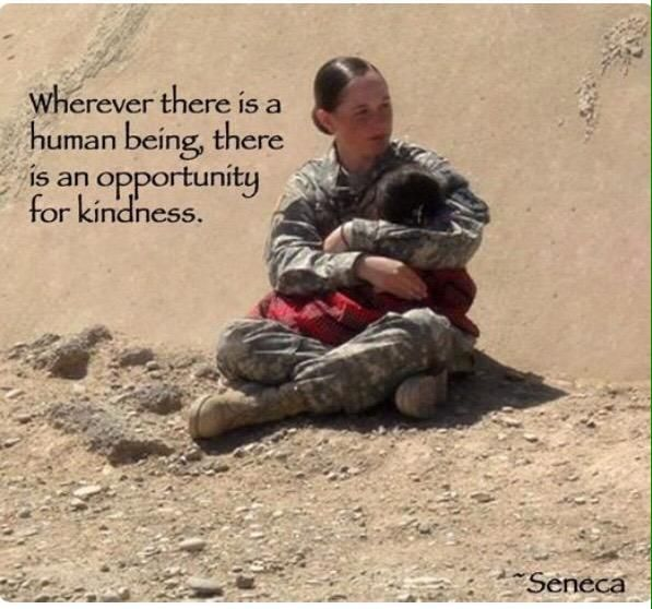 Taking time out in the military to show some human kindness We Are The World, In This World, Soldado Universal, Human Kindness, Kindness Matters, Kindness Quotes, Kindness Pictures, Kindness Ideas, Real Hero