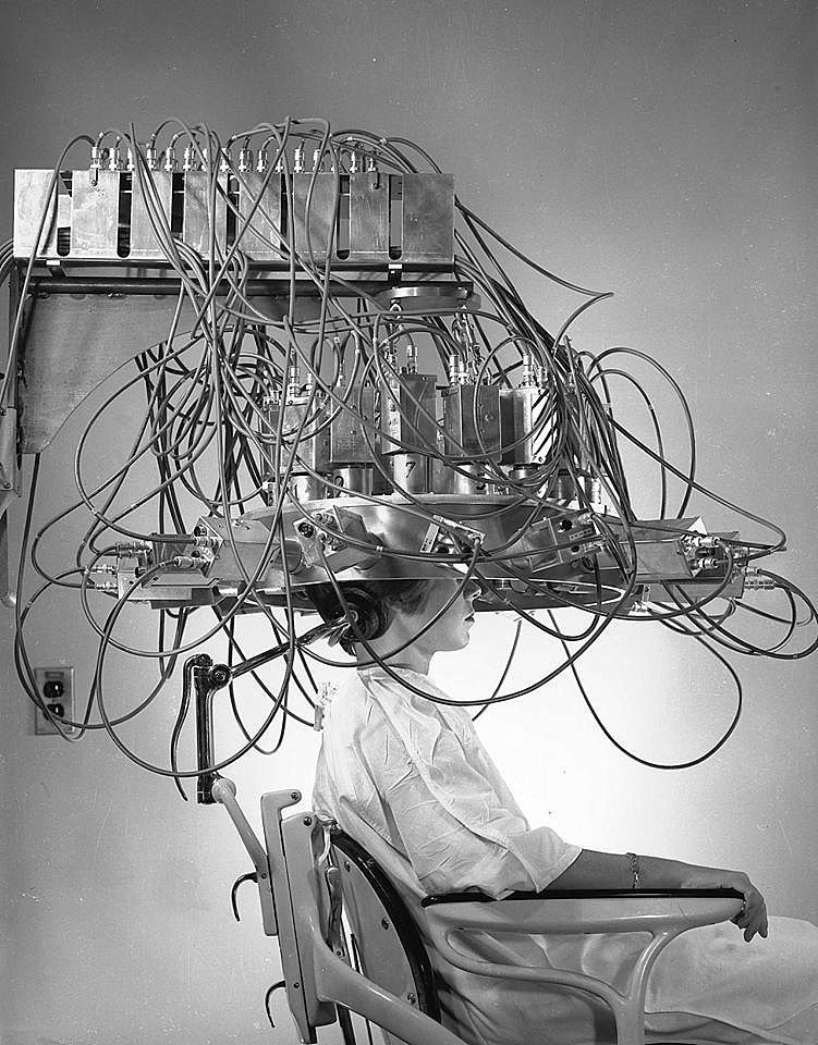 Project MKUltra, 1953 Medical instruments, Brain scan