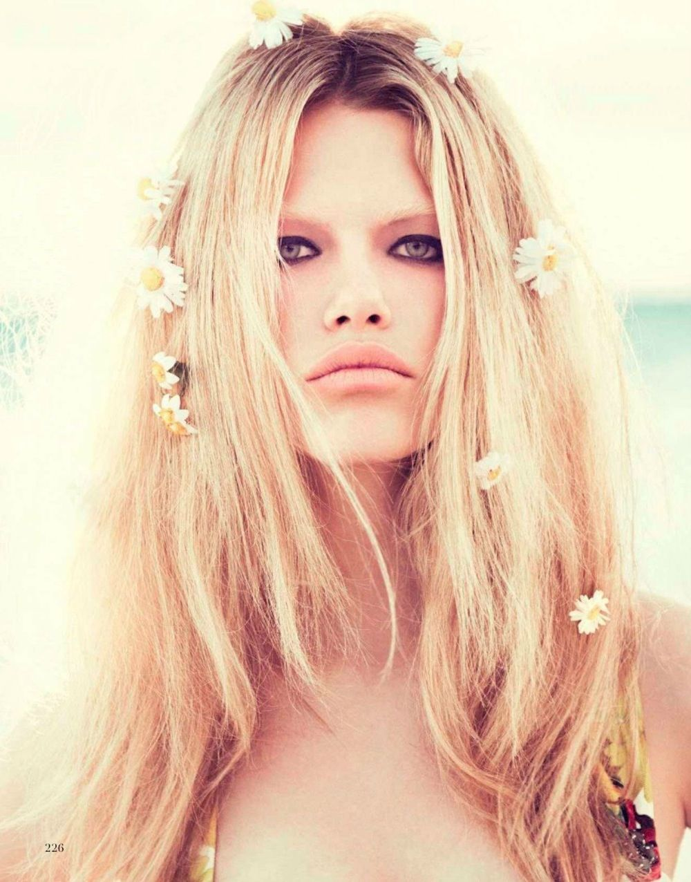 Paola Kudacki for Vogue Spain May 2012. Too strange, no one would believe this face.