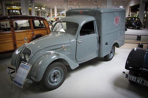 1948 Peugeot 202 UH Fourgon Tolé