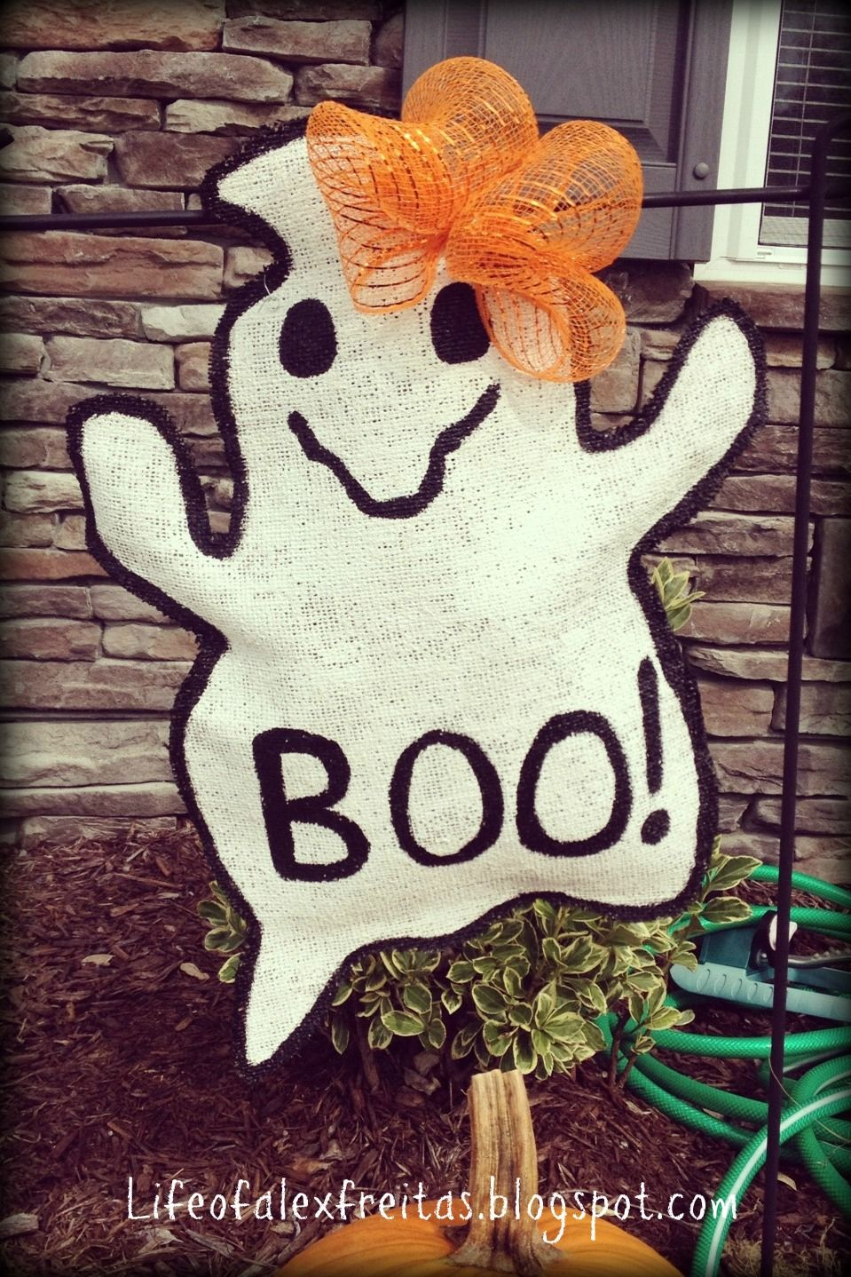 "boo"" burlap garden flag! 