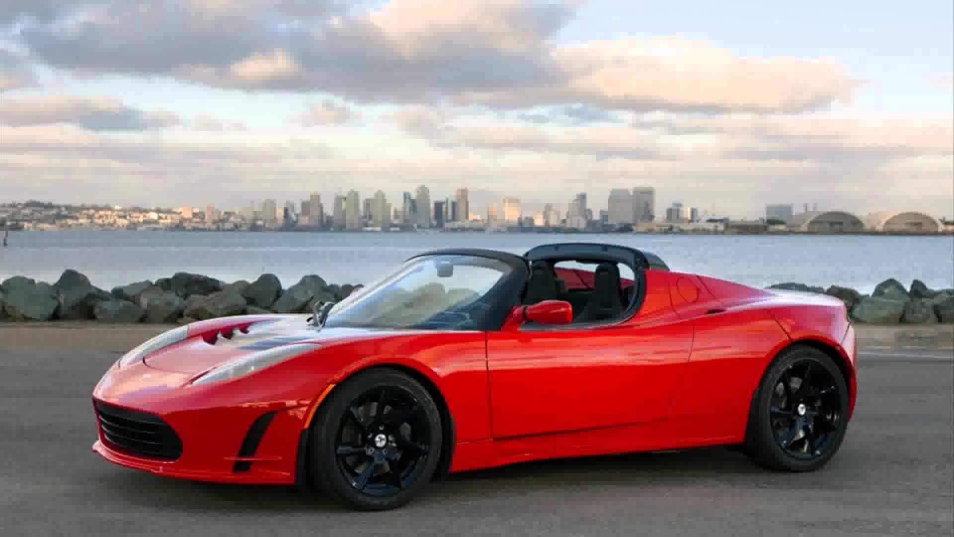 Side View Tesla Roadster