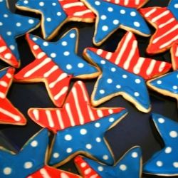 Super cute and really not difficult to make! Nice! 4th of July Cookies