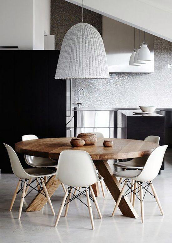 Expertos en mesas de madera maciza a medida para comedor for Mesa redonda de madera para cocina