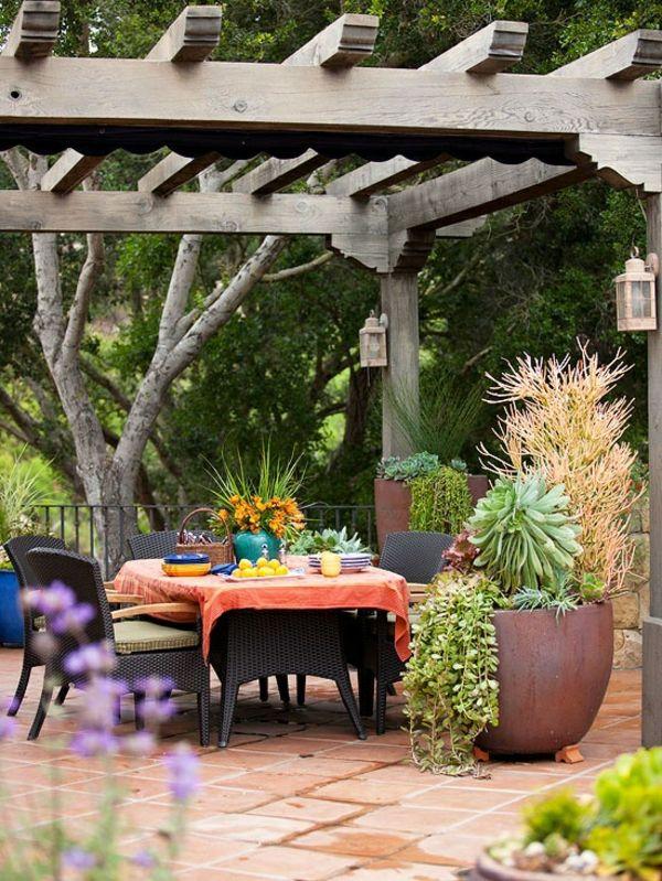 Garten Designideen u2013 Pergola selber bauen - gartengestaltung ideen - garten terrasse anlegen ideen boden