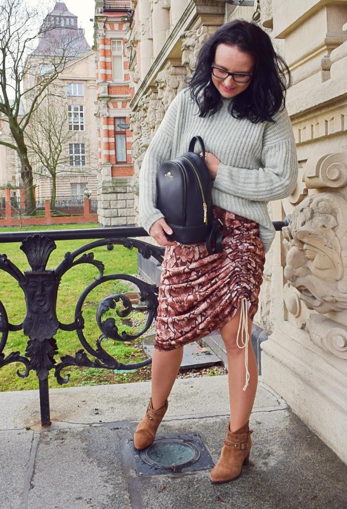 DIY Jak uszyć spódnicę z falbaną? | Dalwi Szyje blog o