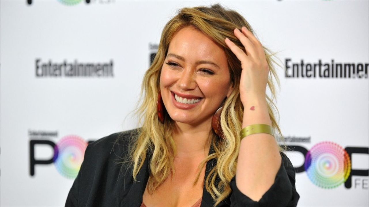 21 Random Questions: Hilary Duff Talks Hair Vitamins, Food Obsessions, and Her Number-One PetPeeve