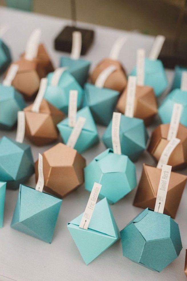 Geometric wedding favors #wedidngfavor #favorbox #uniquewedding #geometric #geometricwedding #weddinginspiration #modernwedding #budgetwedding