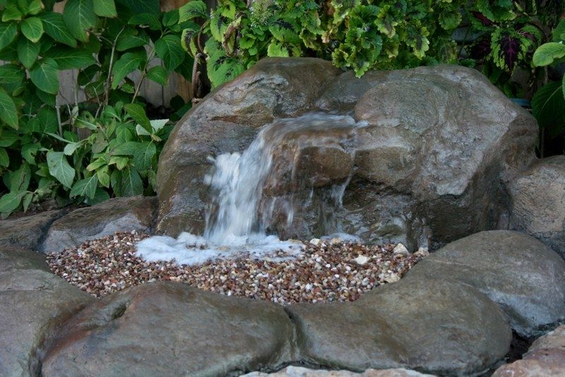 Pin By Julie Summerfield On Landscaping Water Features Pondless Water Features Water Features In The Garden