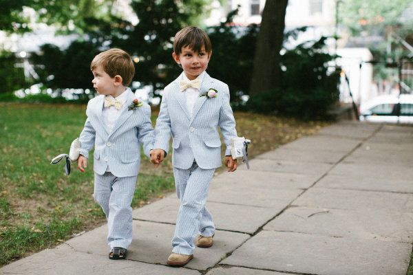 Cutest ring bearers of all time. Photography by zacxwolf.com