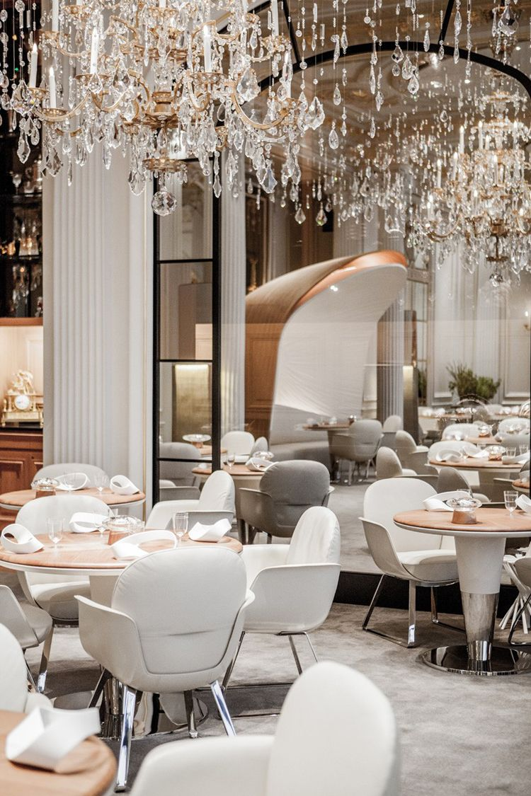 alain ducasse au plaza ath n e restaurant paris. Black Bedroom Furniture Sets. Home Design Ideas