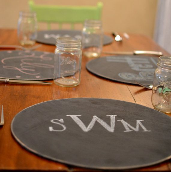 Set Of 4 Wooden Chalkboard Placemat Chargers Distressed Round Entertaining Chalkboard Entertaining Chalk Markers