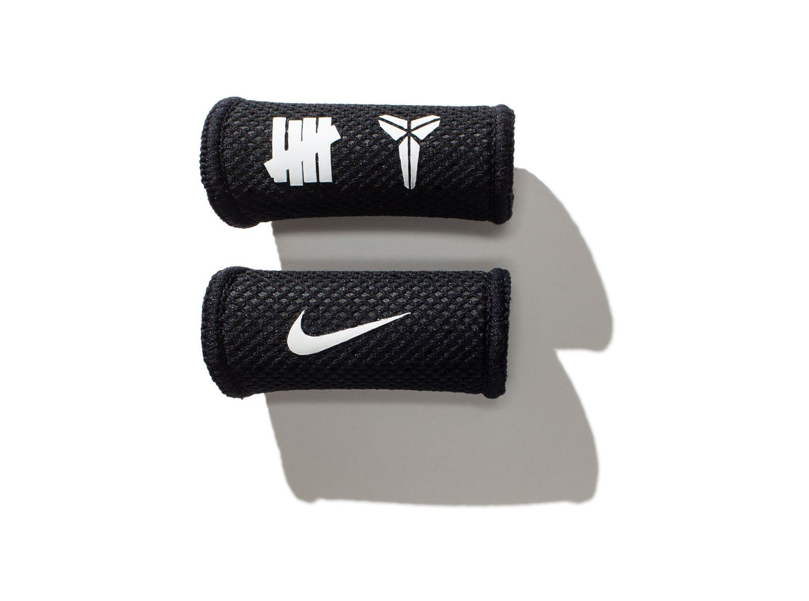 a2d515a26d65 NIKE x KOBE x UNDEFEATED FINGER SLEEVES - BLACK