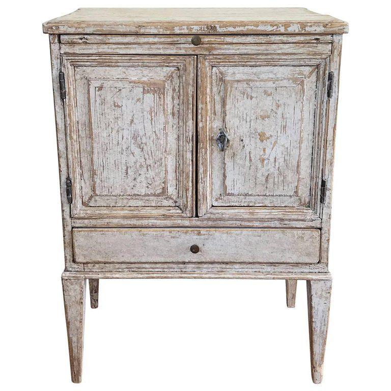 Th Century Swedish Gustavian Period Petite Bedside Table Or - Gustavian bedroom furniture