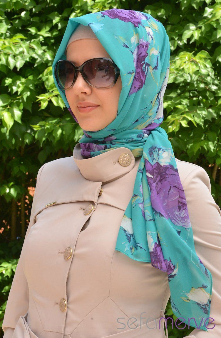Floral Shawl - the new fashion touch this year in Turkey