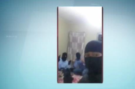 Grupo preso no DF por assaltos fez fotos selfies em celular roubado - http://noticiasembrasilia.com.br/noticias-distrito-federal-cidade-brasilia/2015/04/02/grupo-preso-no-df-por-assaltos-fez-fotos-selfies-em-celular-roubado/