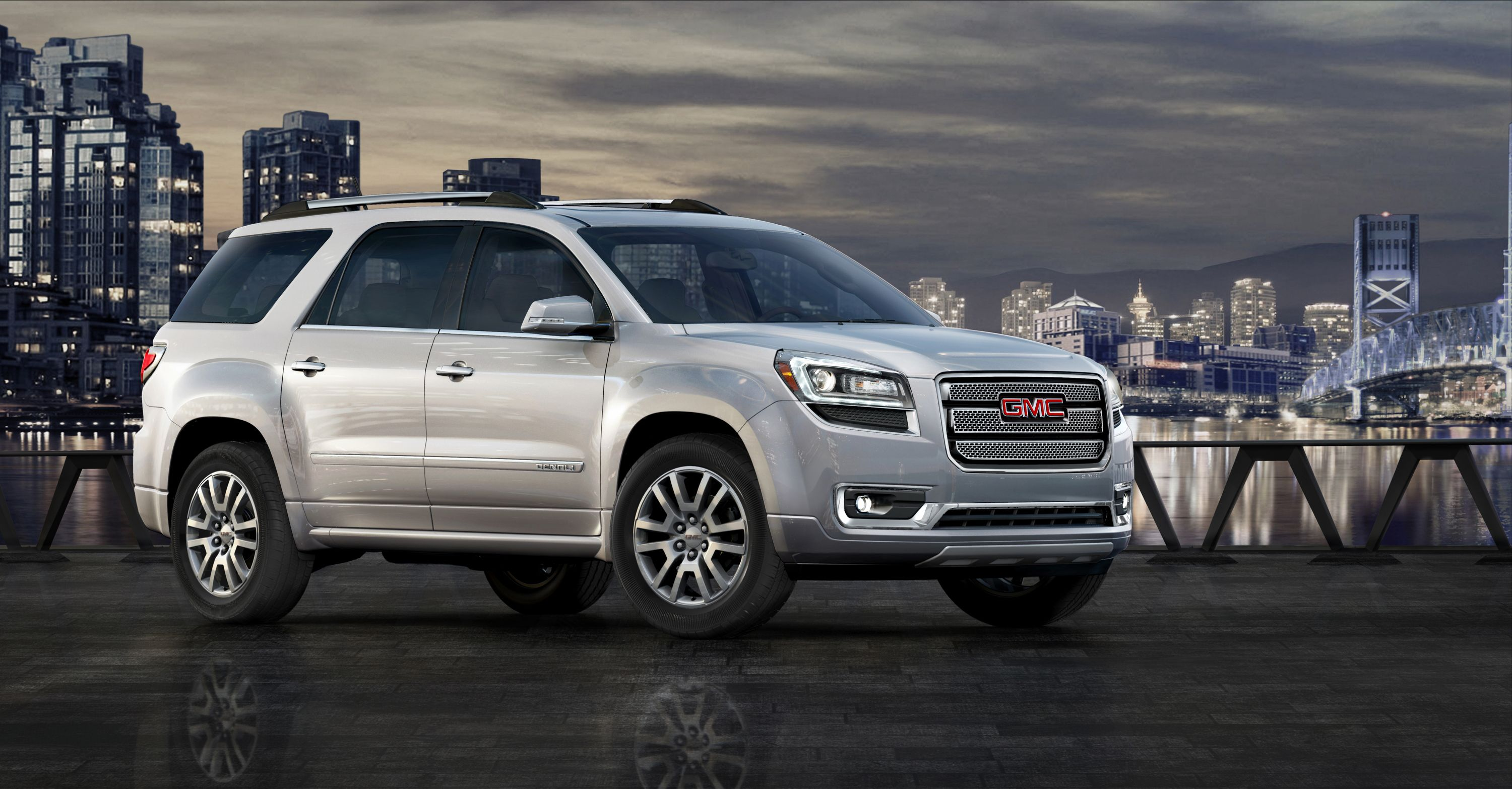 2014 Gmc Acadia Denali 3 4 Front In White Mini Van Gmc Vehicles Suv
