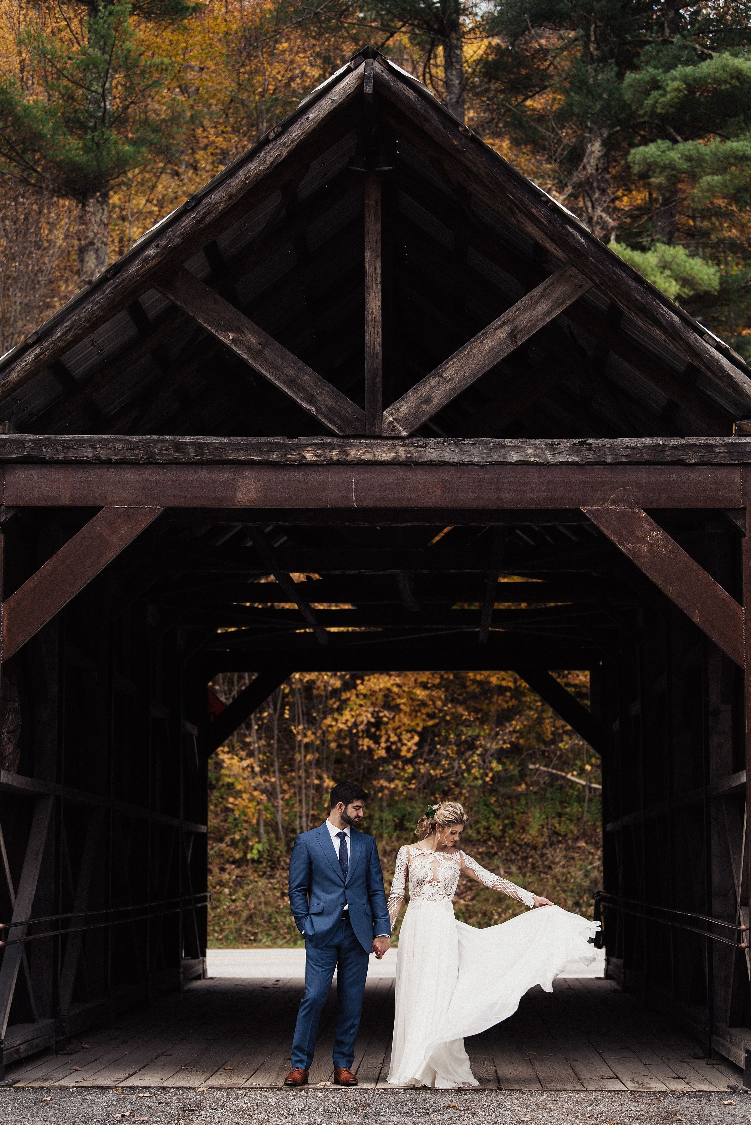 Eliza And Chris Fall Wedding In Vermont Vermont Wedding Salt Lake City Wedding Vermont Wedding Venues