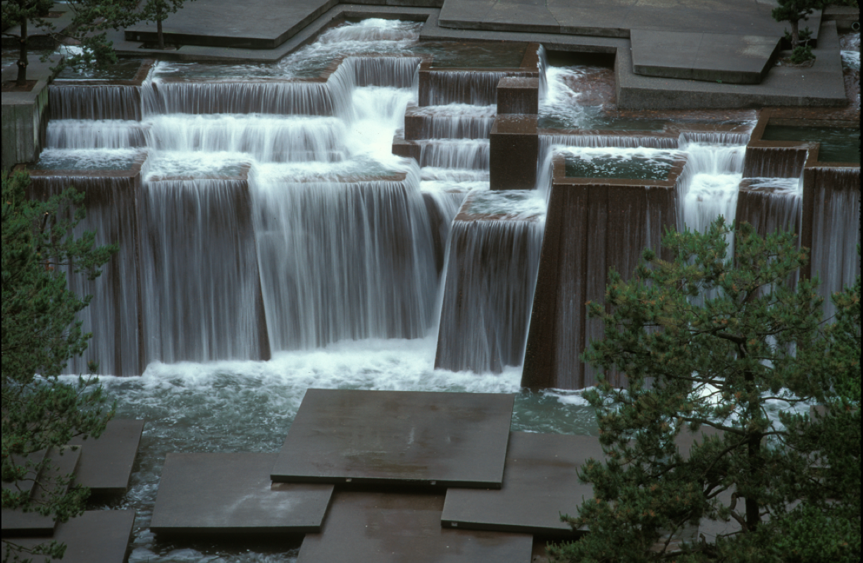 Beautiful water feature. | Landscaping | Pinterest | Water ...