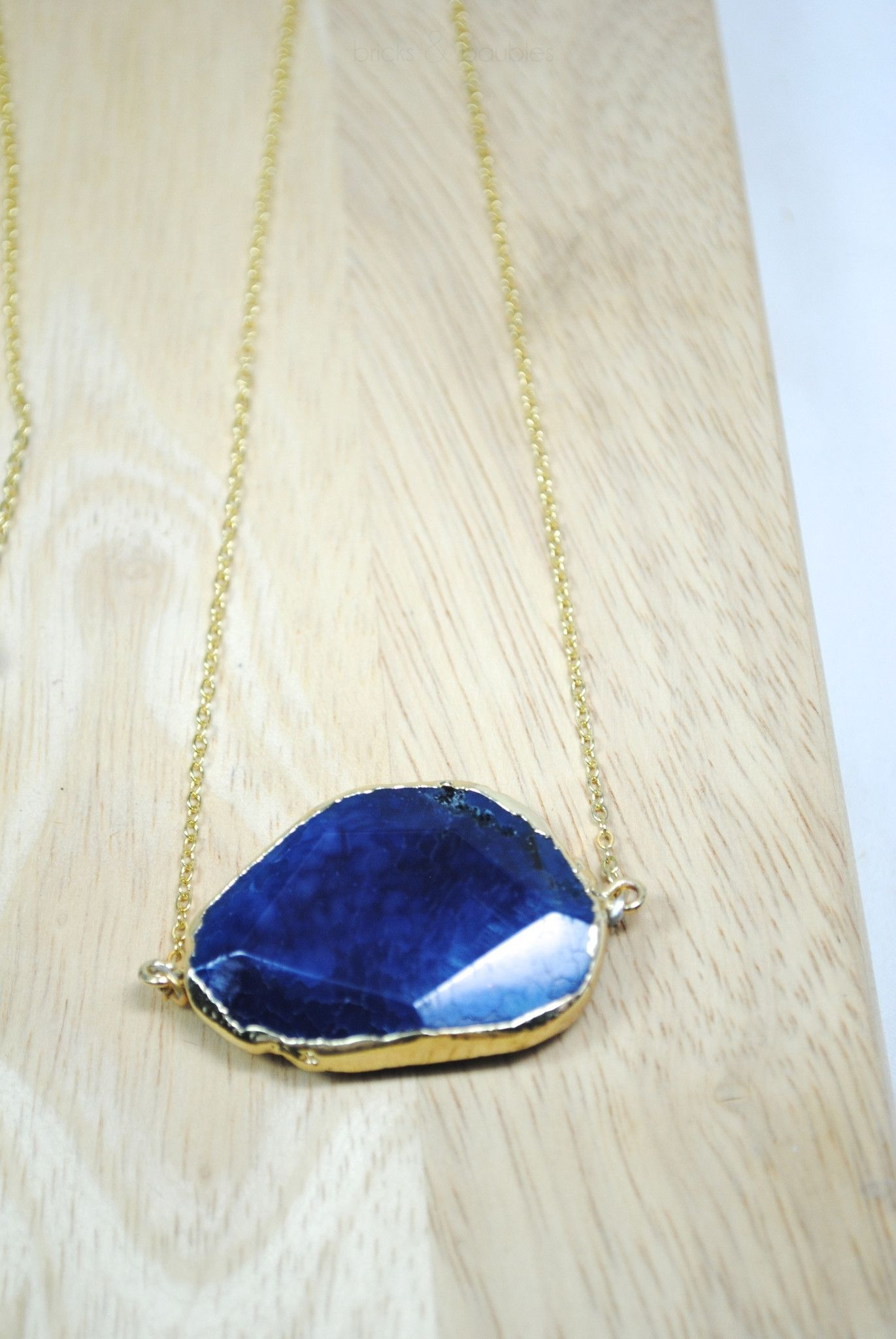 Blue Faceted Slice Agate Necklace