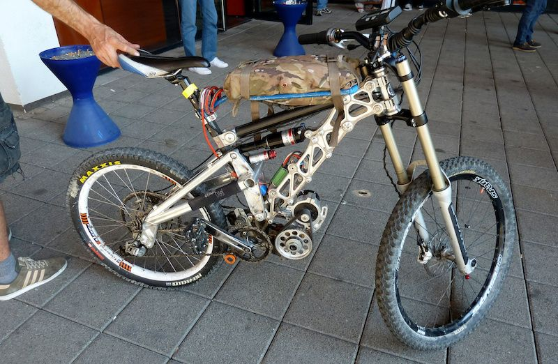 Best Custom Downhill Bikes Google Search Downhill Bike Bike