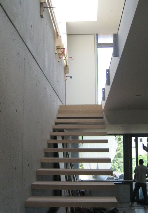 Cantilevered Stair 03