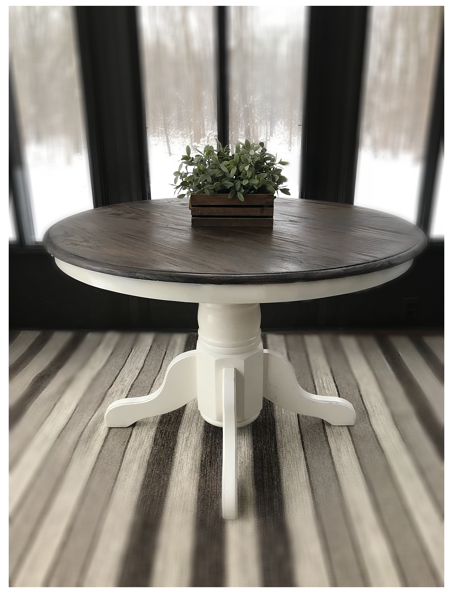 15+ Rustic round farmhouse table model