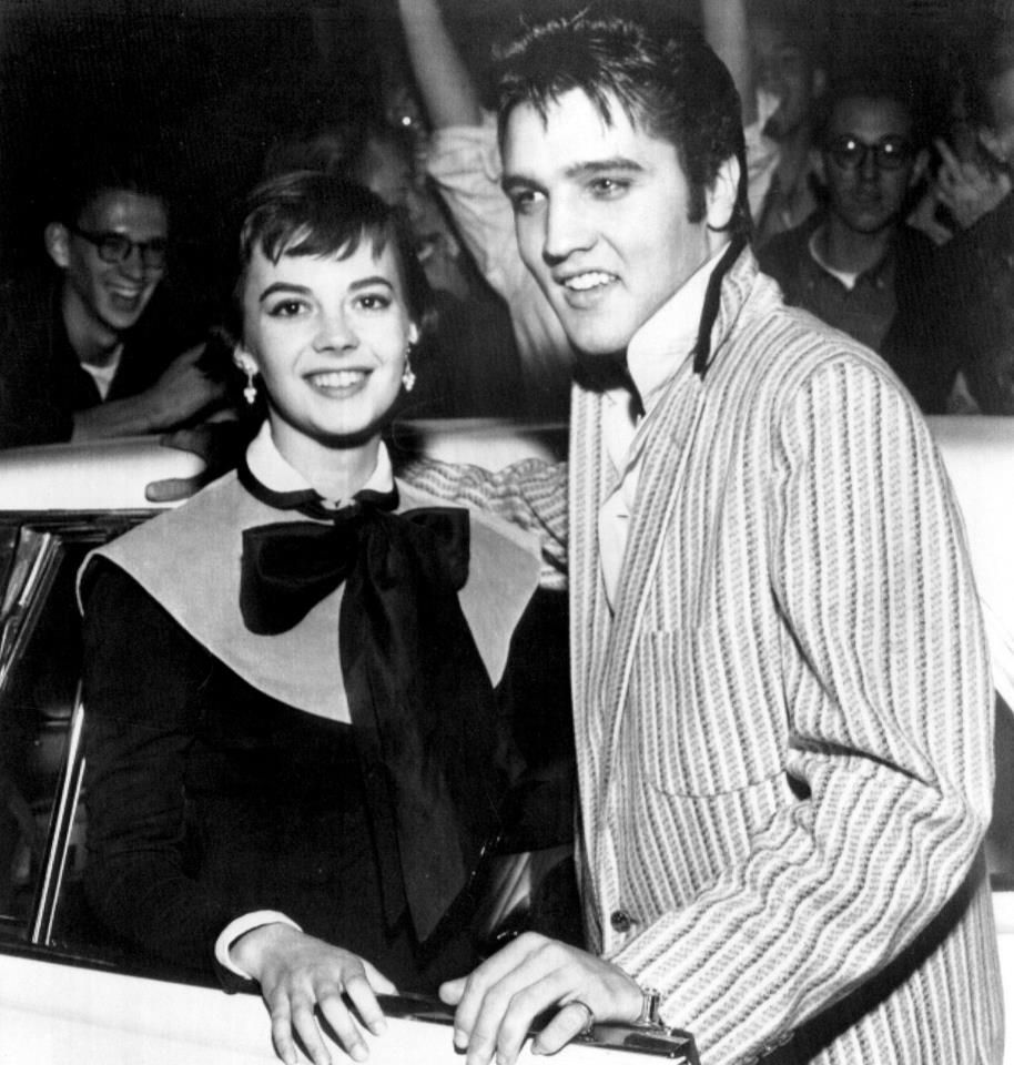Elvis And Natalie Wood Young Presley