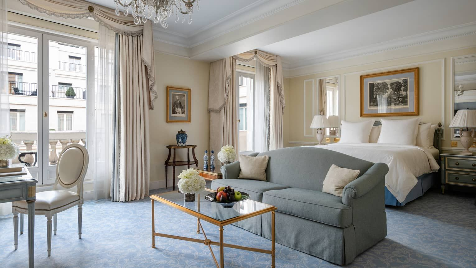 Luxury Hotel Paris 5 Star Four Seasons Hotel George V Paris
