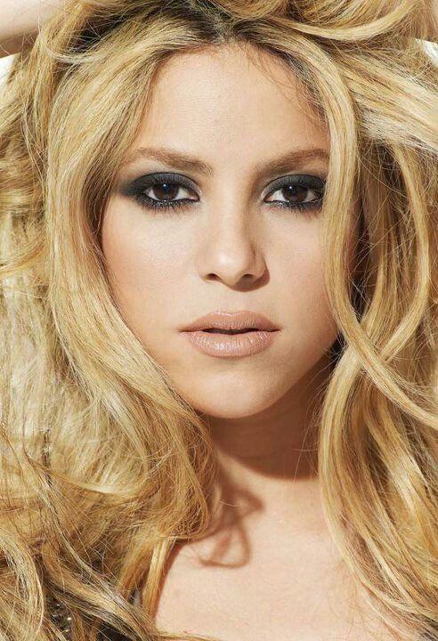 shakira hair color make up ideas pinterest blonde