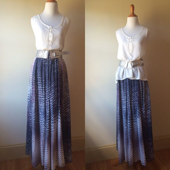 """Maxi skirt Maxi skirt by Sweet Sinammon. Size S. Made in India. """"Designed with love in Los Angeles, California.""""  Shell: 100% viscose Lining: 100% cotton. Missing original belt. Sweet Sinammon Skirts Maxi"""