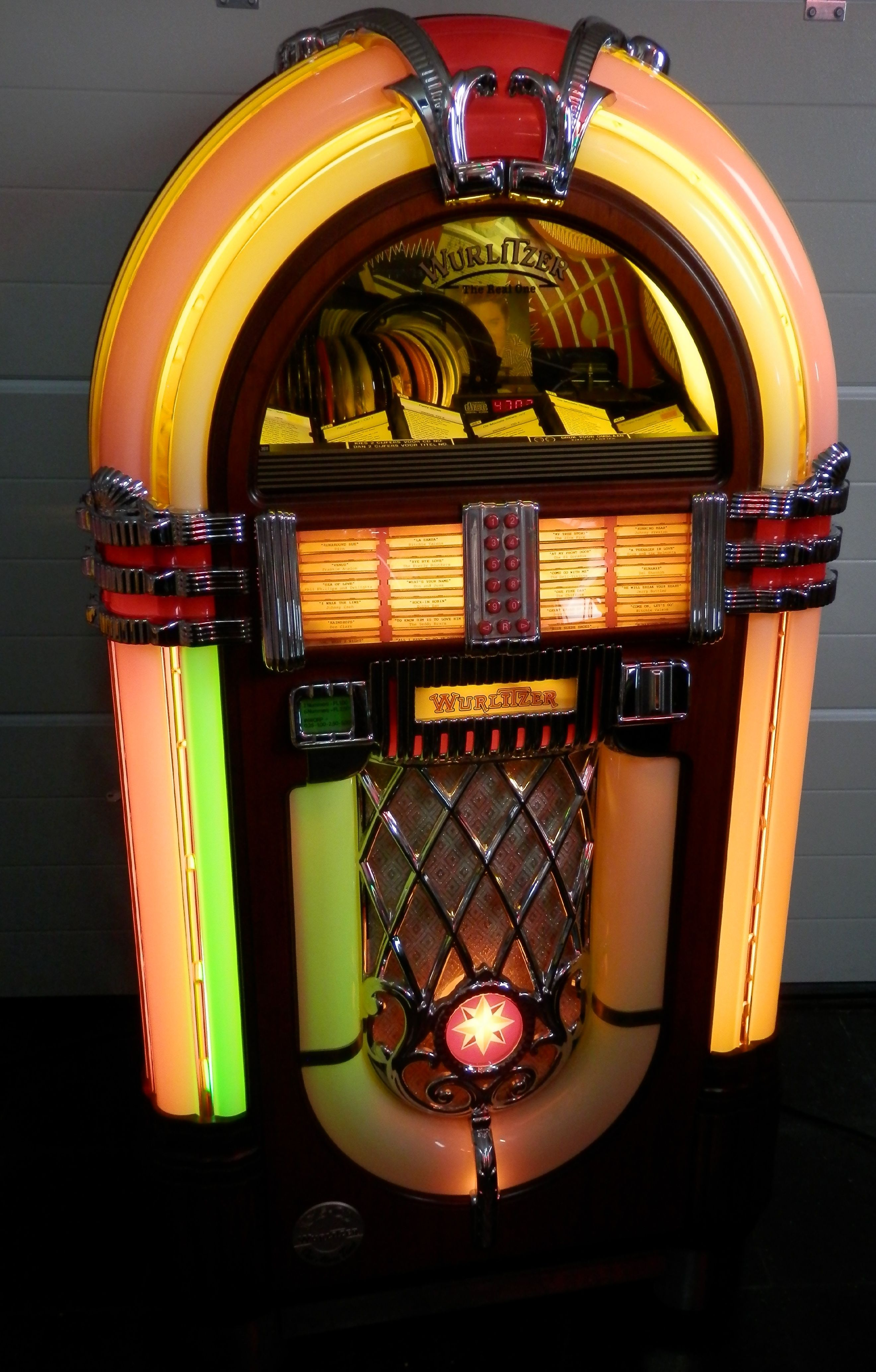 Pin By Raymond Leung On Classical Everything Jukebox