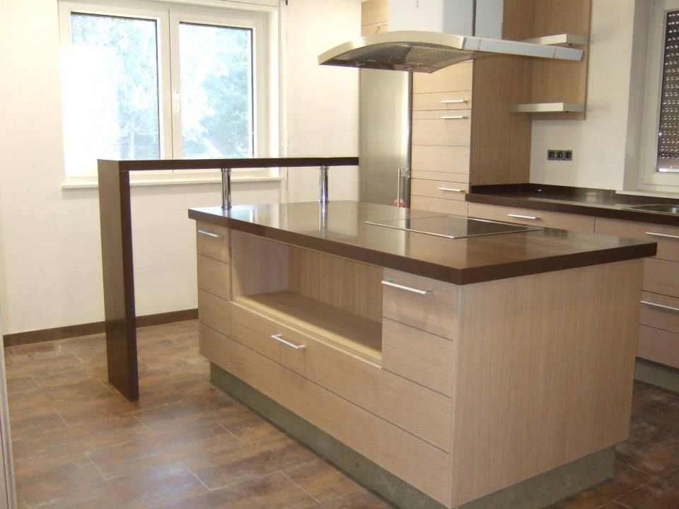 Gedatsu es el color de silestone elegido para vestir esta for Muebles de cocina pontevedra