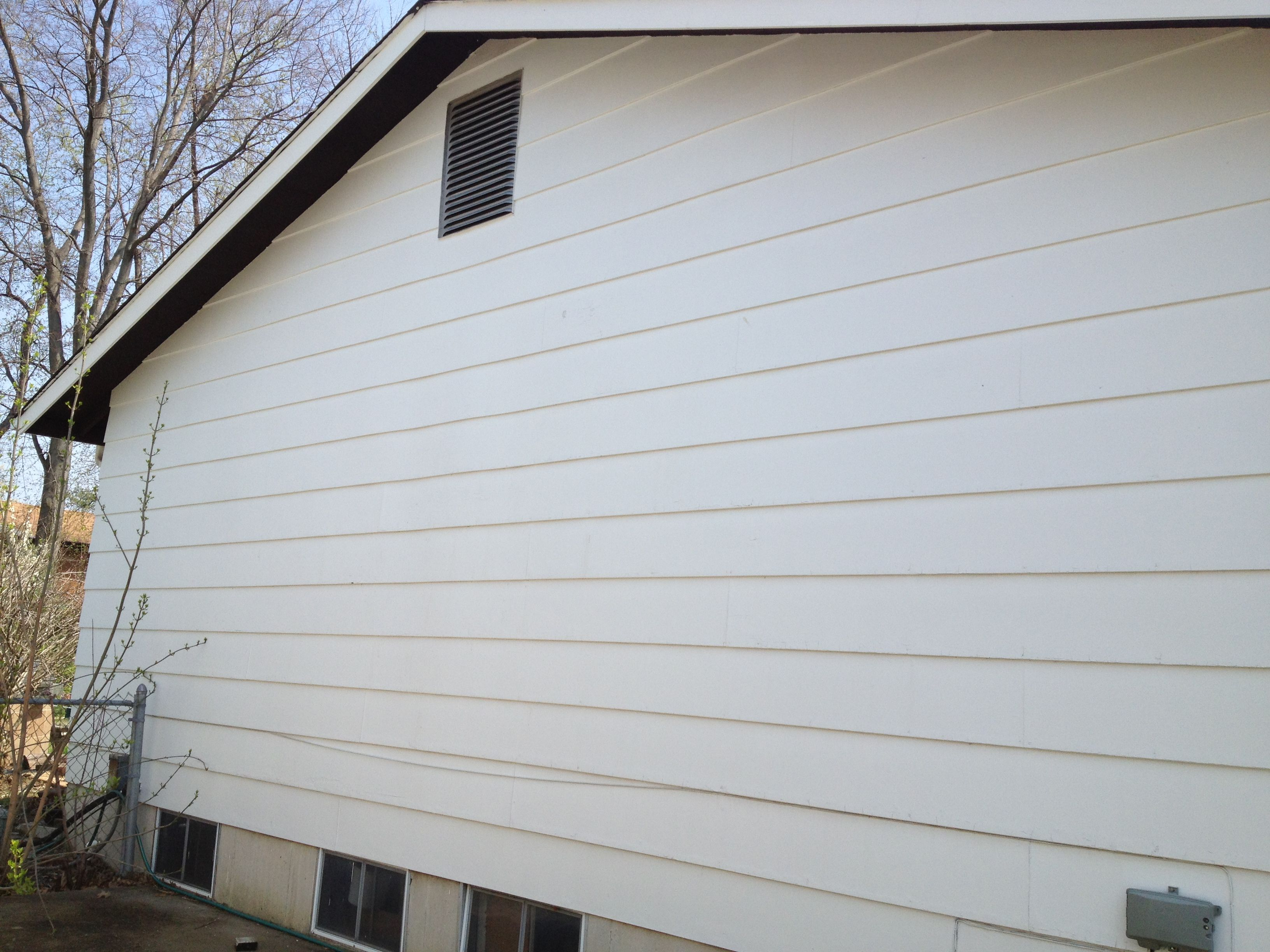 Before Picture Of Old Masonite Siding James Hardie Siding Hardie Siding Masonite Siding