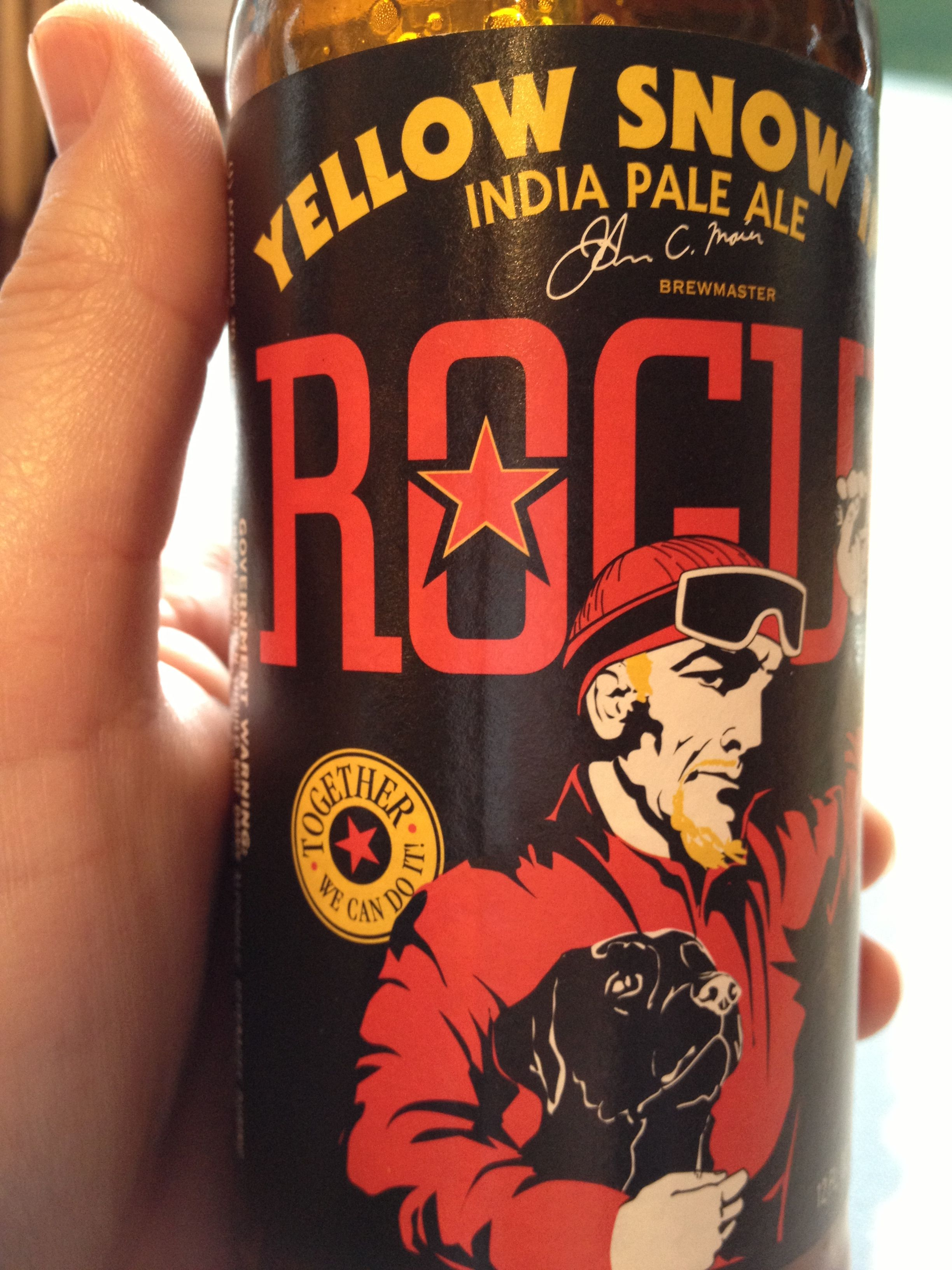 Rogue S Yellow Snow Ipa Great Flavor Very Drinkable And Forward In Your Mouth Fruity 70 Ibu But Tastes Much Lower 7 6 Abv Root Beer Pale Ale Beer Can