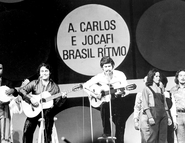 Antonio Carlos e Jocafi durante o Festival da Canção Tv GLOBO ANOS 70