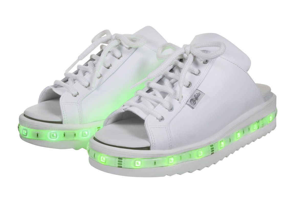 light up sketchers white