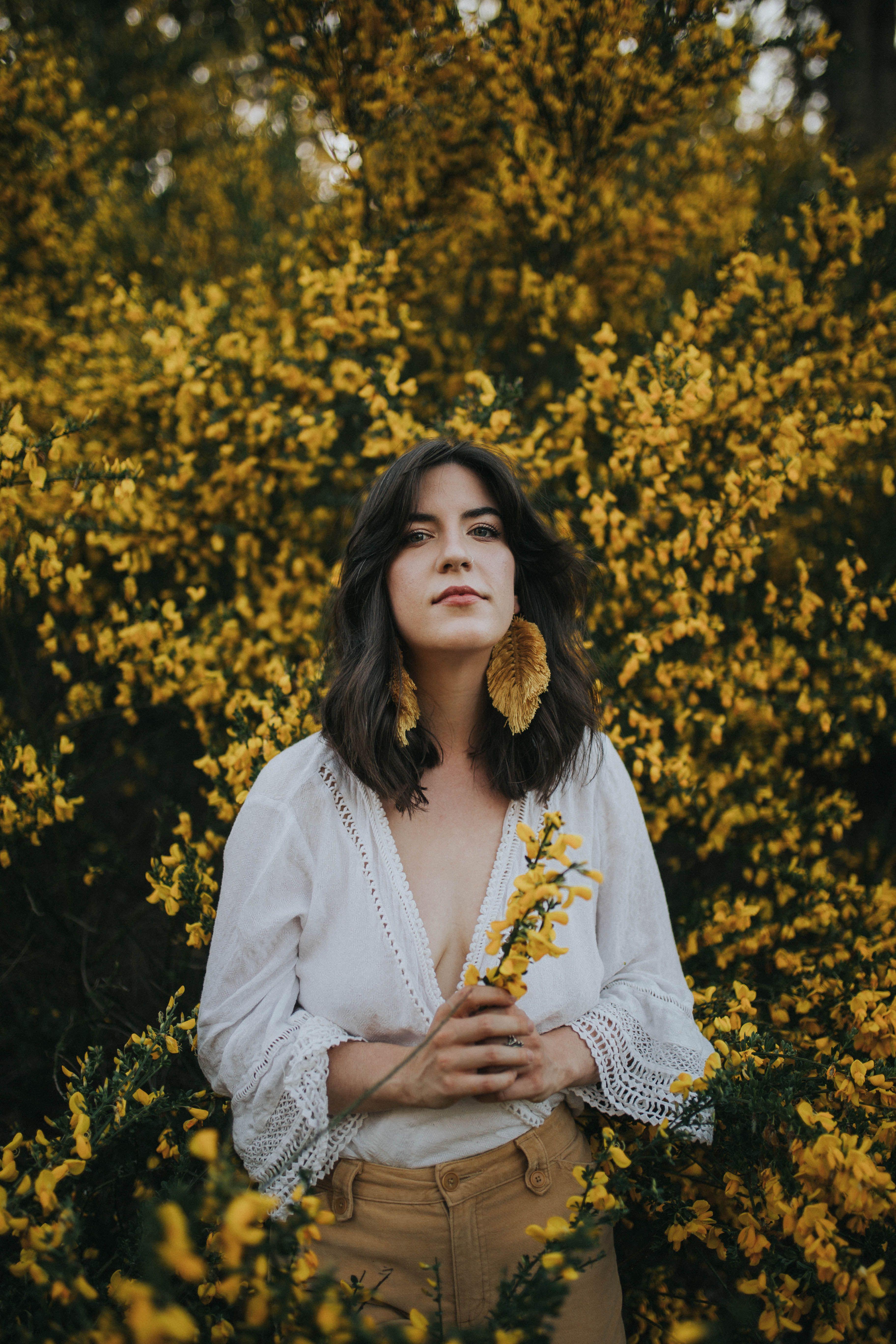 Flower Portrait Photography Portrait Photography With Flowers Flower Photography Bellingham Wa Flower Photoshoot Portrait Photography Flowers Photography