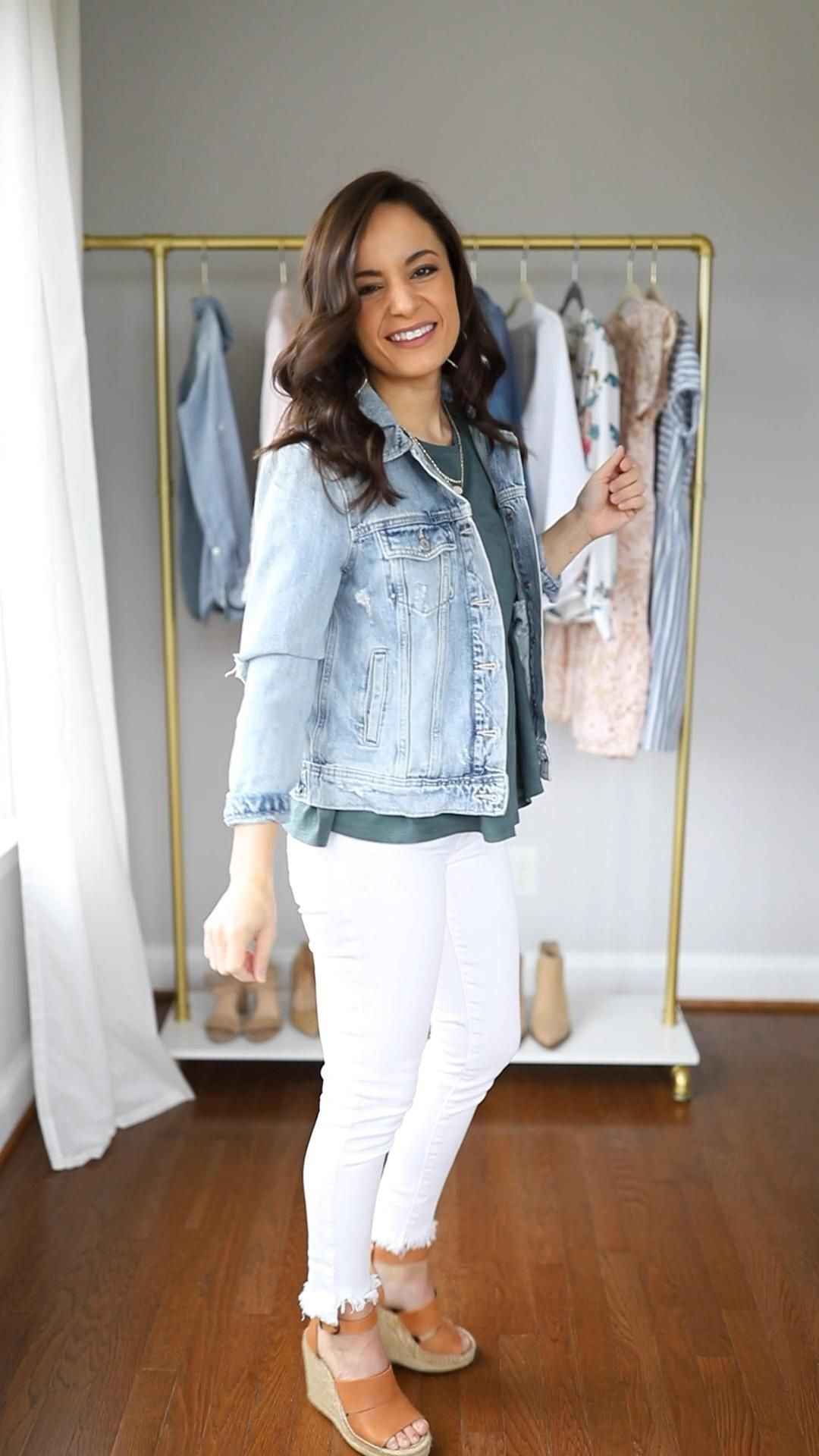 6 Ways to Wear White Jeans