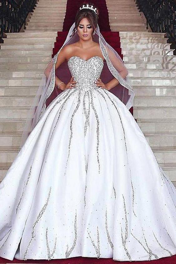 Pin By 12nurul Badriah On Classy Dress Ball Gowns Wedding Ball Gown Wedding Dress Online Wedding Dress