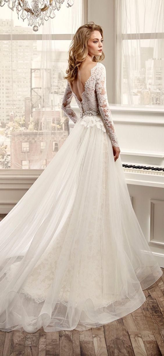 2016 Hot Sale Long Sleeve Wedding Dresses With V Neck Open Back Lace And Tulle